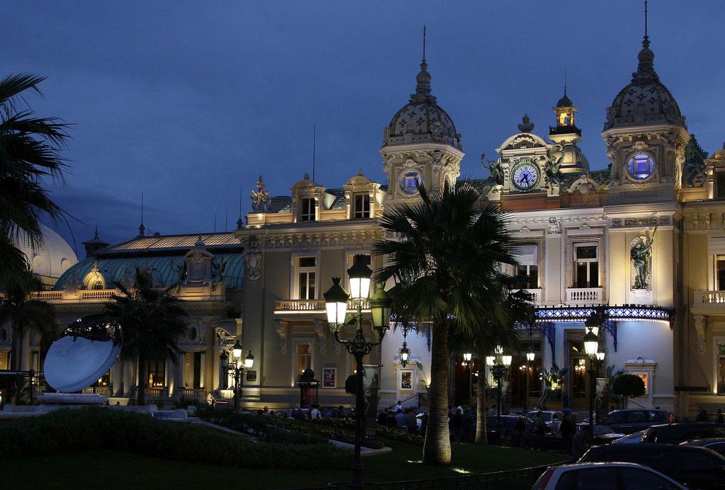 1-Casino-Monte-Carlo7026174441_7ee4e62c12_b