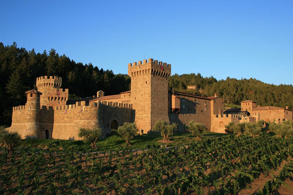 1-Castello-di-Amorosa_Credit-Jim-Sullivan-XL