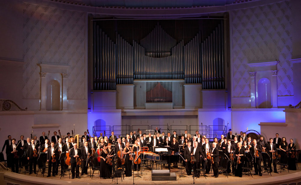 1-Russian-National-Orchestra_2010