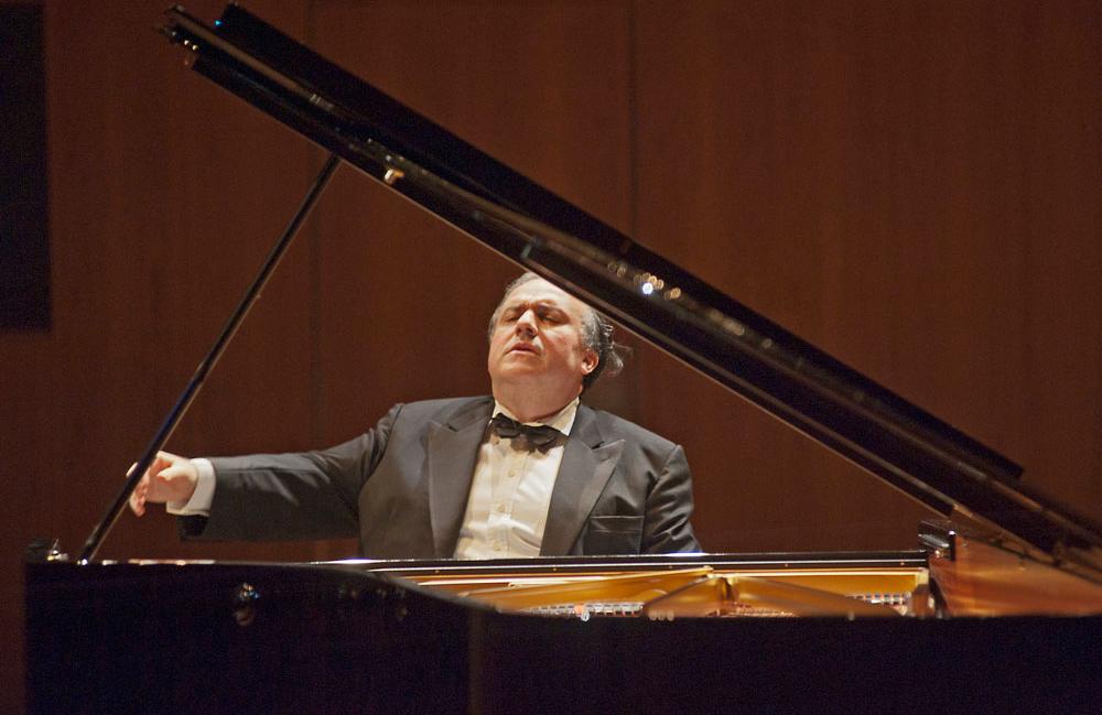 Rezital 1: Yefim Bronfman; Konzerteinführung Alfred Brendel