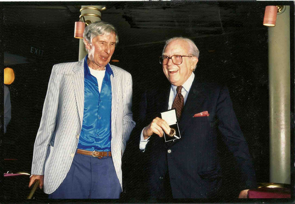 1-Sir-Michael-Tippett-presents-RPS-Gold-Medal-to-Elliot-Carter,-London-22-June-1996.-credit-RPS-LOW-RES