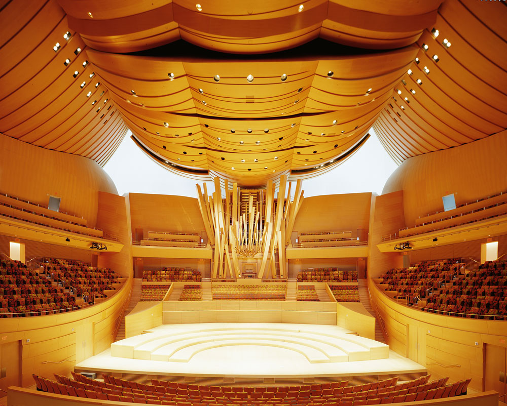 1-wdch-auditorium-stage-view_hi