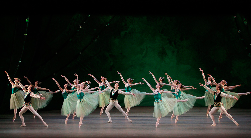 1-2.-Emeralds-from-ballet-Jewels